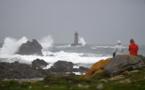La tempête Amélie balaie la côte atlantique, fortes pluies dans le sud-est