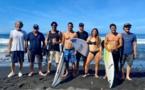 Les surfeurs en mode olympique à Tahiti