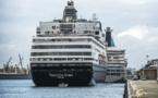 Covid-19: des dizaines de cas à bord de l'Artania, finalement autorisé à accoster en Australie