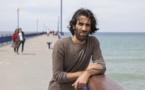 Grand témoin des camps australiens, le Kurde iranien Behrouz Boochani obtient l'asile en Nouvelle-Zélande