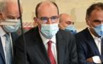 """Covid-19: Castex appelle à """"ne pas baisser la garde"""" pour éviter le reconfinement"""