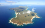1863 : Mrs. E. Sinclair  achète Ni'ihau, l'île « kapu »