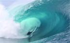 La vague de l'année 2012 pour Tahurai Henry, un bodyboarder tahitien