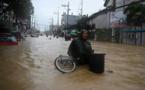 Manille en partie sous les eaux après le passage du typhon Vamco