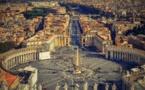 """Une photo osée """"likée"""" par un compte du pape: le Vatican interroge Instagram"""
