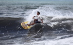 Stand Up Paddle : Poenaiki Raioha, 14 ans, gagne en Open