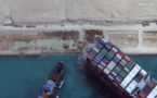 Canal de Suez: l'Ever Given remis à flot, le trafic reprend