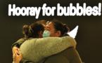 """Virus: vive émotion pour le lancement de la """"bulle"""" entre l'Australie et la Nouvelle-Zélande"""