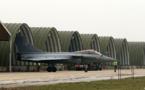 Ligoté, sous les tirs d'avions de chasse: un militaire dénonce son bizutage