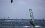 'Funboard' : le coup de vent fait des heureux à Punaauia !