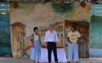 La commedia dell'arte enflamme les collégiens de Taunoa