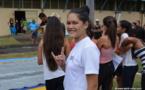 Les élèves de Raapoto font du sport pour souder leurs classes