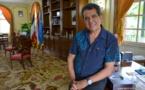 """Visite de Hollande : """"L'important, c'est que l'Etat reconnaisse sa dette envers la Polynésie française"""""""