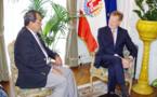Edouard Fritch s'entretient avec René Bidal à Paris
