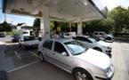 Blocages: l'approvisionnement en carburant s'améliore mais la crise n'est pas finie