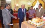 """Un gâteau pour les 20 ans de la """"dette nucléaire"""""""