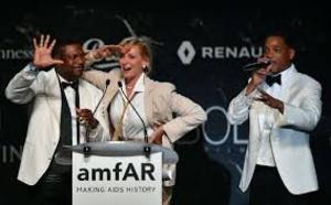 Cannes: contre le sida, l'amfAR et ses stars recueillent 18 millions d'euros