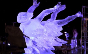 Pureté en transparence au concours de sculptures sur glace de Valloire