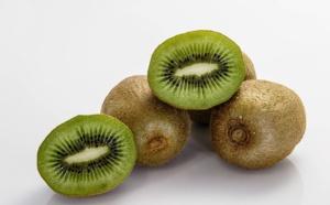 """Kiwi, sarrasin, lait de chèvre: il faut mieux informer sur les allergies """"émergentes"""""""