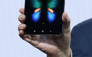 Samsung déplie son smartphone et dévoile un modèle 5G