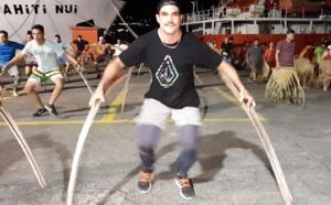 Hitireva navigue avec Tupaia