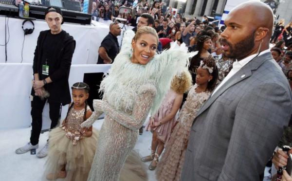 Beyoncé et les championnes olympiques reines du tapis rouge aux VMA