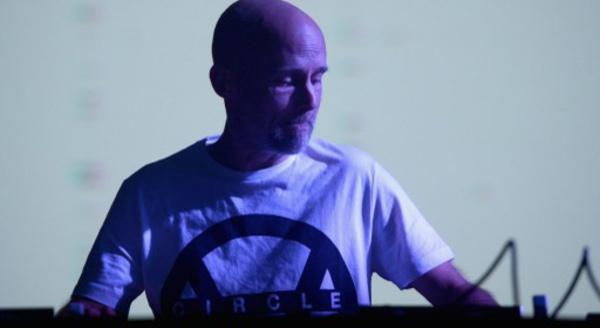 Moby lance un nouvel album par un manifeste pour l'environnement