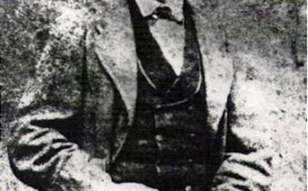 """Carnet de voyage : Jean-Baptiste Onésime Dutrou-Bornier, """"roi"""" controversé de l'île de Pâques"""