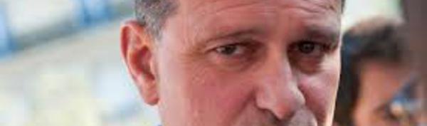 """N-Calédonie: Marine Le Pen """"respectera l'accord de Nouméa si elle est élue"""" (Aliot)"""