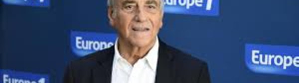 Europe 1, en quête d'un nouveau souffle, écarte Jean-Pierre Elkabbach de sa matinale