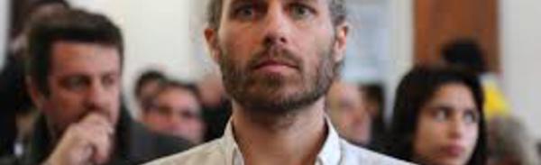"""Landes : Jon Palais, le """"faucheur de chaises"""" anti-évasion fiscale relaxé"""