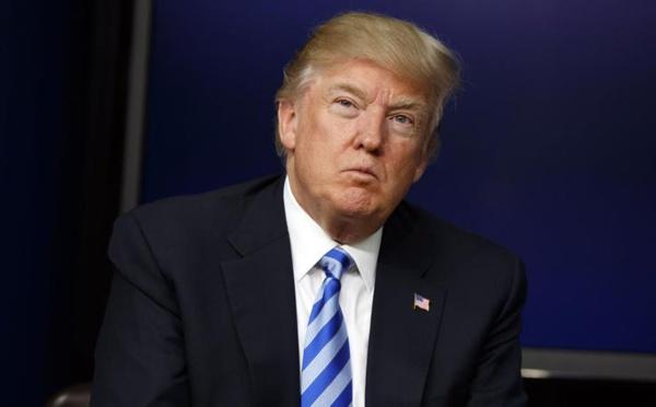 Trump prend ses distances avec son conseiller stratégique Bannon