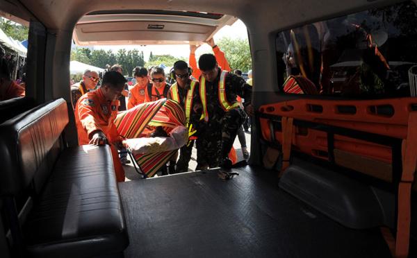 Philippines: 25 morts dans la chute d'un car dans un ravin