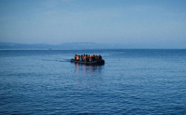 Grèce: le bilan d'un naufrage de migrants s'alourdit à 15 morts