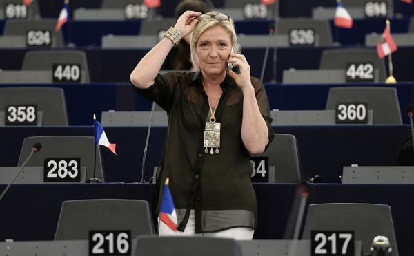Salaires des assistants FN: le Parlement européen estime son préjudice à cinq millions d'euros