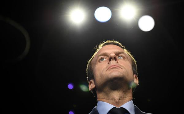 """Des nouvelles têtes et des figures expérimentées: le délicat """"alliage"""" du gouvernement Macron"""