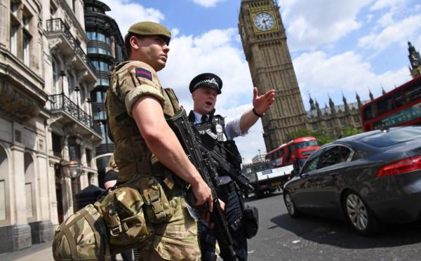 GB: la police enquête sur un réseau, le kamikaze connu du renseignement