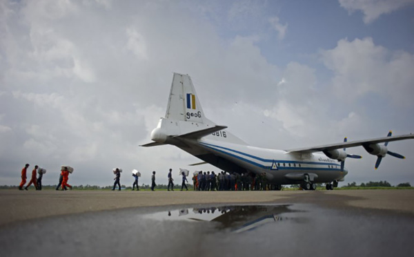 Disparition en Birmanie d'un avion militaire avec plus de cent personnes à bord