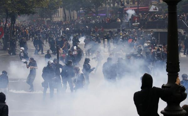 Code du travail : mobilisations en régions, début de la manifestation à Paris