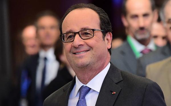 L'Etat devra rembourser 10 milliards d'euros aux entreprises, Hollande critiqué