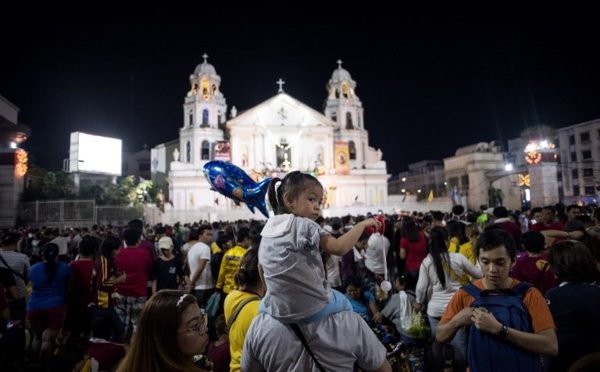 Une foule de catholiques à Manille pour suivre le Nazaréen Noir