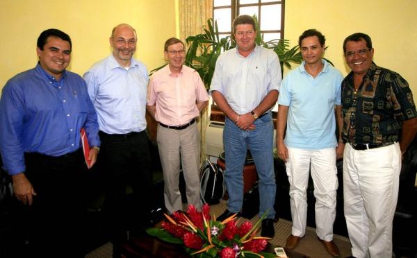Edouard Fritch reçoit deux promoteurs d'ouvrages hydroélectriques