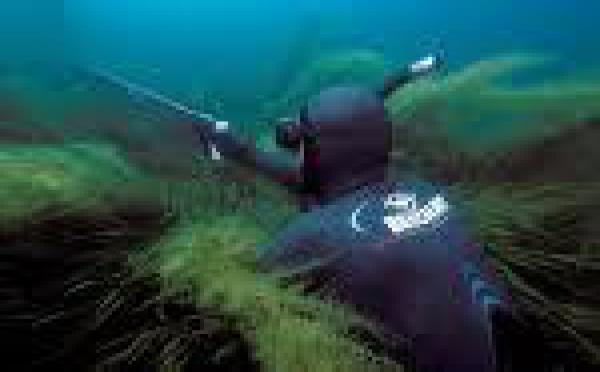 Rurutu: Concours de pêche subaquatique Oceania 2010
