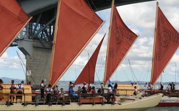 Tavaru : arrivée de la la flotte Neo-Zelandaise à Raivave...en images
