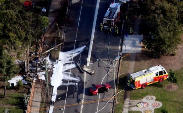 Un petit avion s'écrase en pleine banlieue résidentielle de Sydney
