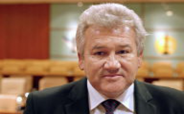 Harold Martin réélu président du Congrés de Nouvelle-Calédonie.