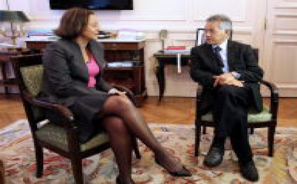 Paris cherche une solution pour restaurer la stabilité politique en Polynésie.