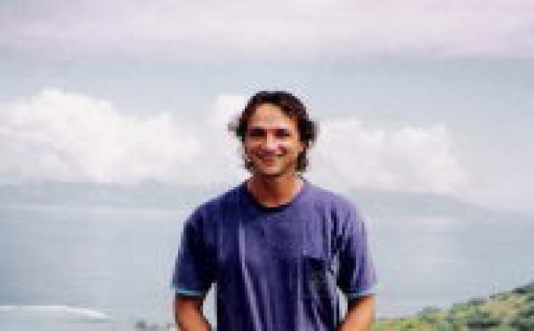 """Fin du buzz: """"JPK : l'homme qui faisait trembler Tahiti"""" sera diffusé en Polynésie ce soir à 22h45."""