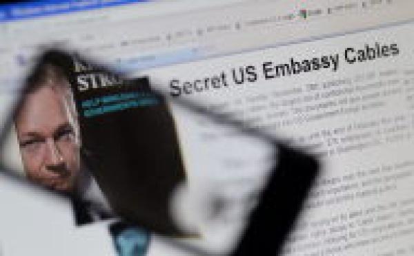 Le fondateur de WikiLeaks Julian Assange se livre à la justice