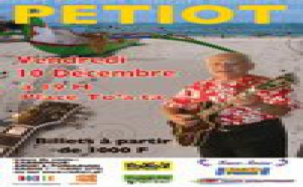 Petiot en concert place TOAT'A le 10 décembre